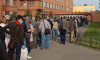 Утром из-за поломки турникетов на проходной Кировского завода выстроилась очередь