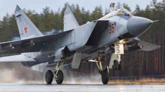 Авиация ЗВО вернулась в места дислокации после парада Победы в Петербурге