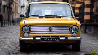 Две пьяные петербурженки угнали отечественный автомобиль