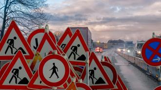 МВД вернут контроль над дорожными знаками