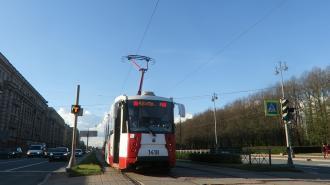 В Невском районе появились две новые трамвайные остановки