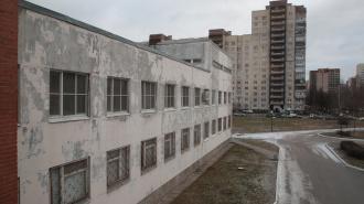 Губернатор Петербурга проверил, как идет ремонт детской больницы им. Филатова