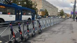 Случаи наездов самокатчиков на пешеходов в Петербурге участились в десятки раз