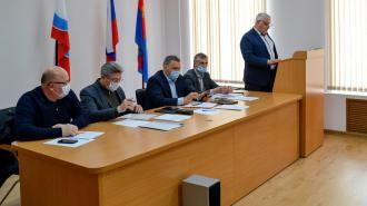 """В Выборге обсудили празднование 9 Мая, весенний призыв и отчет """"Леноблводоканала"""""""