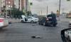 Перекресток Комендантского проспекта и улицы Шаврова засыпан обломками от ДТП