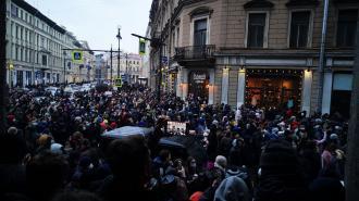 СМИ: Комиссия по этике СПбГУ признала участвующих в митинге студентов нарушителями