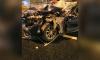 Каршеринговый автомобиль снес забор на повороте со Стачек