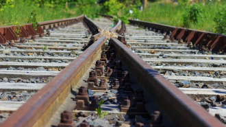 В Ленобласти очевидцы видели, как поезд проехался по мужчине