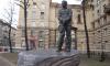 Памятник Александру Маринеско могут подсветить через три года