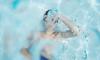 В Волжском ребенок едва не утонул в бассейне, пока родители пили