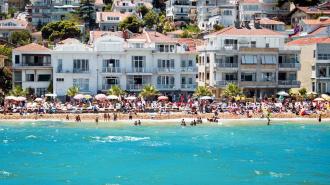 В августе стоимость проживания в турецких отелях станет меньше на треть