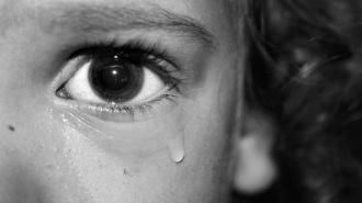 Петербуржец около года насиловал свою двухлетнюю дочь