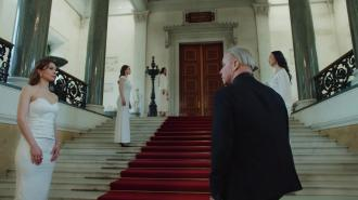 """Тилль Линдеманн снялся в клипе в Эрмитаже на песню """"Любимый город"""""""