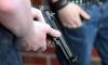 На проспекте Обуховской обороны автомобилисты показали друг другу свое оружие
