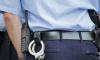 Пьяный мужчина во время задержания пытался ударить сотрудника полиции