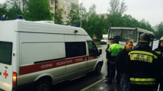 В ДТП с автобусом в Петербурге пострадали три человека