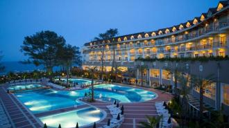 69 российских туристов отравились в отеле Grand Ring в Турции