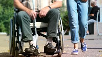 Петербург субсидирует работодателей для трудоустройства маломобильных граждан