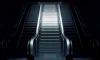 В петербургском метро пенсионерка упала с эскалатора и получила серьезную травму
