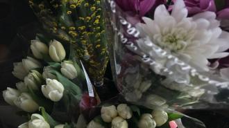 Поставки цветов в Петербург и Ленобласть в 2020 году снизились в пять раз