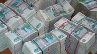 Сотрудница Росреестра перевела на счет родственника 19 млн рублей