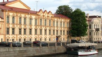 Библиотеке им. Маяковского собираются добавить стеклянную крышу и подземный этаж