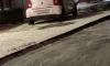 На Чудновского пьяный водитель помочился на припаркованные авто