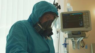 Более 490 тыс. петербуржцев привились от коронавируса