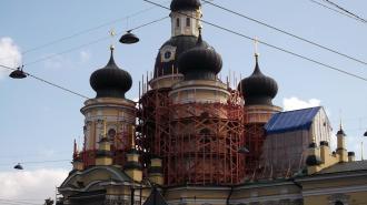 Площадь перед Александро-Невской лаврой освободят от проводов
