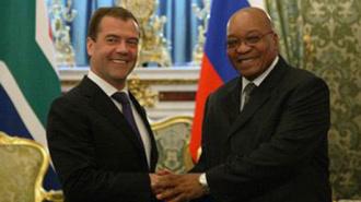 Президент Зума и президент Медведев решили судьбу Каддафи