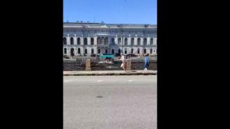 В центре города голый мужчина устроил забег вдоль Фонтанки