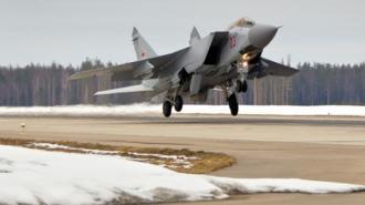Российский истребитель перехватил патрульные самолеты США и Норвегии над Баренцевым морем