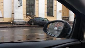"На Садовой столкнулись два ""Мерседеса"". Трамваи встали почти на два часа"