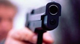В аэропорту Душанбе милиционер застрелил 21-летнего коллегу, играя с пистолетом