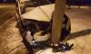 На Озерковой улице делимобиль врезался в столб: водитель сбежал