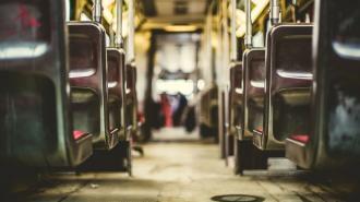 В Радоницу запустят больше автобусов к кладбищам