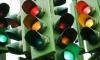 Светофор-убийца: на Богатырском снесённый грузовиком светофор убил пешехода