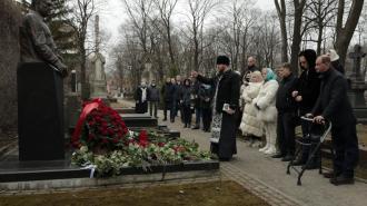 В Петербурге почтили память экс-председателя ЗакСа Вадима Тюльпанова