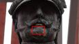 На лице Николая I на Исаакиевской площади заметили ...
