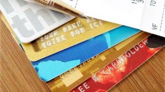У туристки из Австралии в Петербурге сняли с карточек 17 тысяч долларов