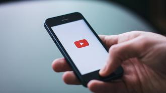 Google планирует ввести налог для блогеров YouTube за пределами США