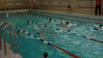 Петербургский школьник захлебнулся в бассейне на физкультуре