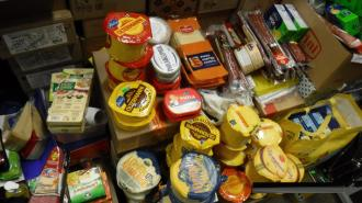 Таможенники изъяли на рынке в Выборге 73 килограмма санкционки