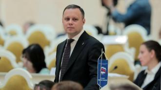 Двух депутатов петербургского ЗакСа наградили государственными наградами