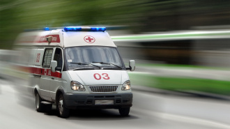 В Петербурге пенсионерка, споткнувшись, попала под колеса автобуса