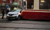 Петербуржцы:трамвай встретился с каршерингом в Калининском районе