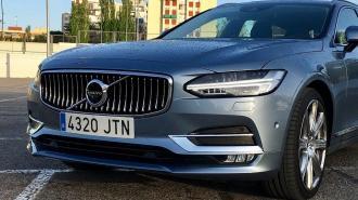 Volvo анонсировала полный переход на выпуск электромобилей