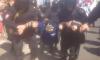 В Петербурге на первомайской демонстрации задержали координатора штаба Навального