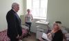 Пострадавшую при взрыве в метро Петербурга девочку отпустили из больницы с подарками