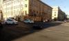 В центре Петербурга такси сбило мотоциклиста